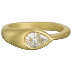 Faye Kim 18 Karat Gold Pear-Shaped Diamond Ring