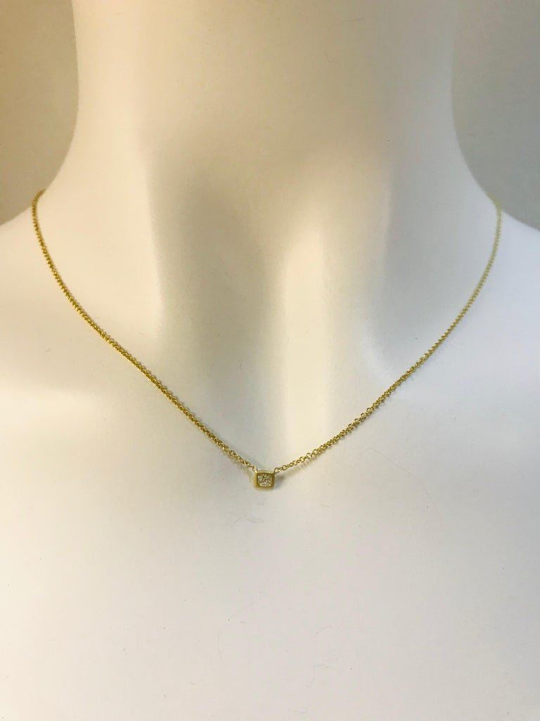 Faye Kim 18 Karat Gold Princess Cut Diamond Solitaire Necklace In New Condition For Sale In Westport, CT