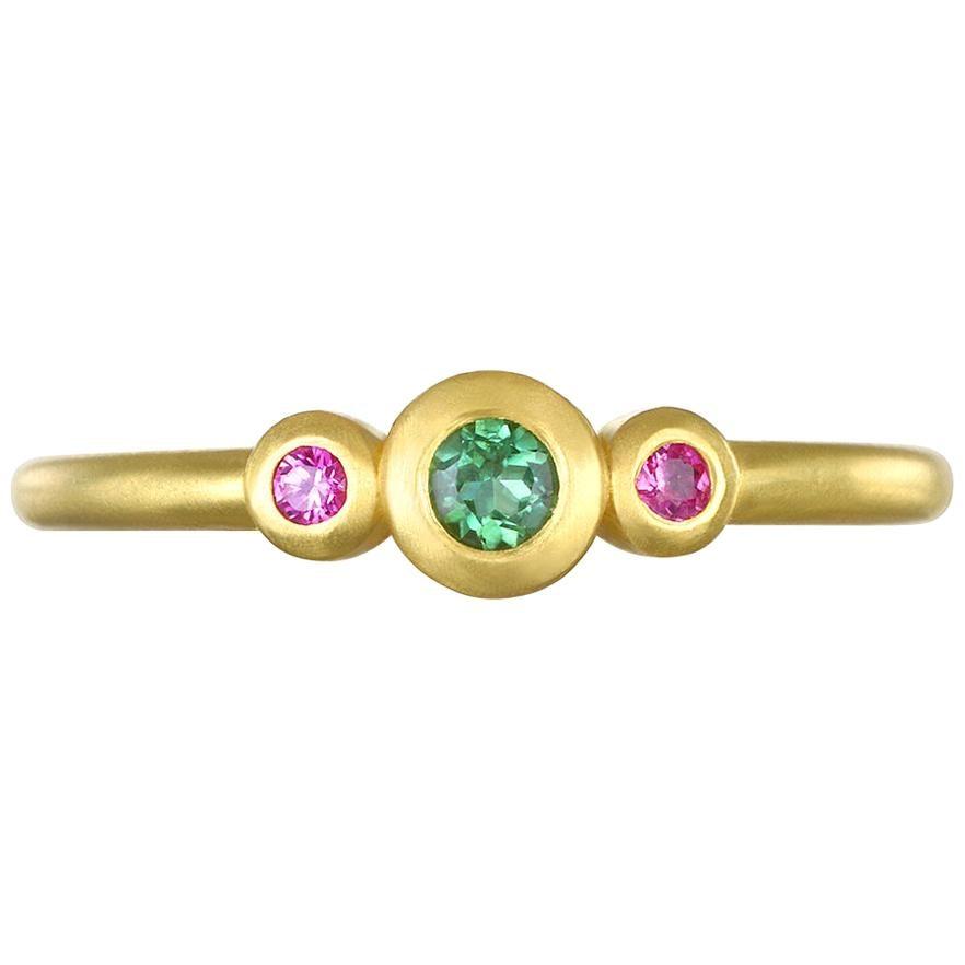 Faye Kim 18 Karat Gold Three-Stone Emerald and Pink Sapphire Stack Ring