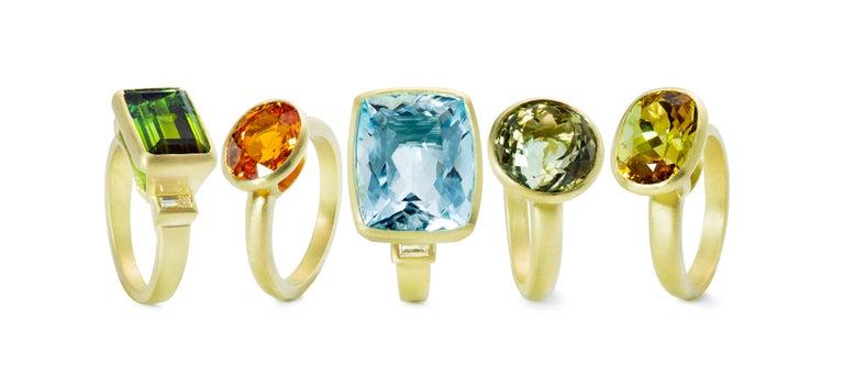 Contemporary Faye Kim 18k Gold 5.54 Carat Yellow-Olive Cushion Cut Tourmaline Ring For Sale