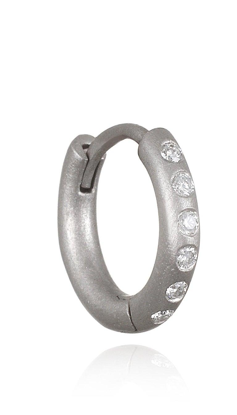 Contemporary Faye Kim Matte Platinum Burnished Diamond Huggy Hoop Earrings For Sale