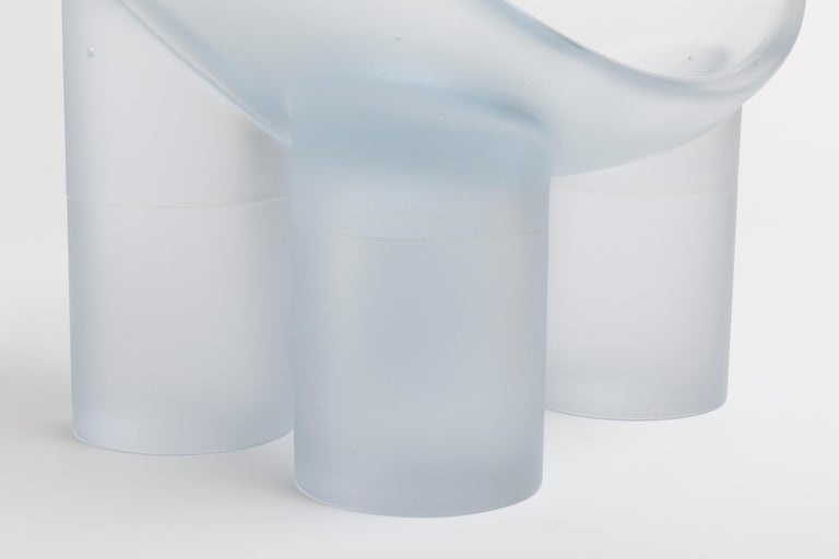 Minimalist Faye Toogood, Roly-Poly Chair Water, Glass, Lithium-Barium Crystal, 2016 For Sale
