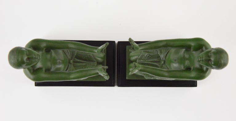 Fayral Pierre Le Faguays Art Deco Bookends with Kneeling Nudes, 1930 For Sale 3
