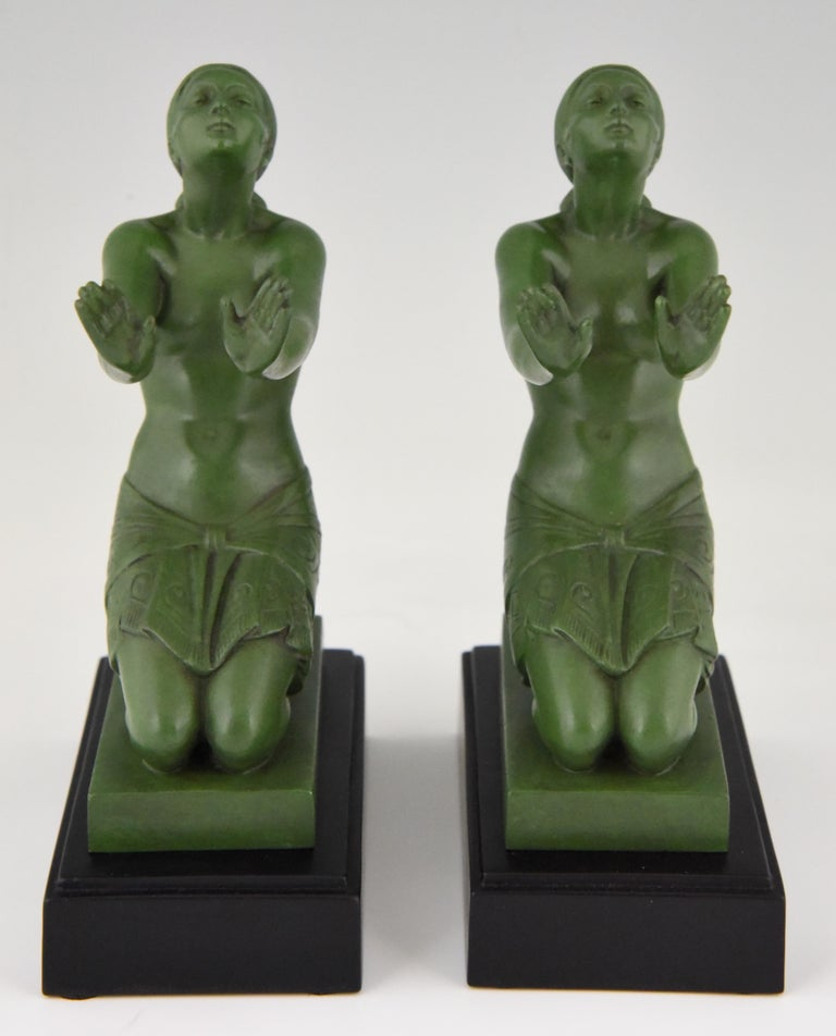 French Fayral Pierre Le Faguays Art Deco Bookends with Kneeling Nudes, 1930 For Sale
