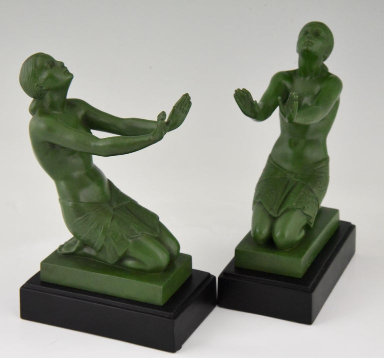 Fayral Pierre Le Faguays Art Deco Bookends with Kneeling Nudes, 1930 For Sale 2
