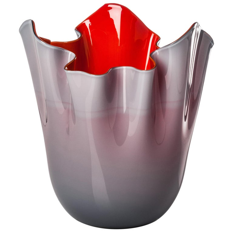 Fazzoletto Glass Vase in Grape and Red by Fulvio Bianconi & Paolo Venini For Sale