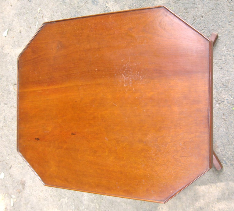 Primitive Federal 1820s Cherry Tilt-Top Table Candle Stand For Sale