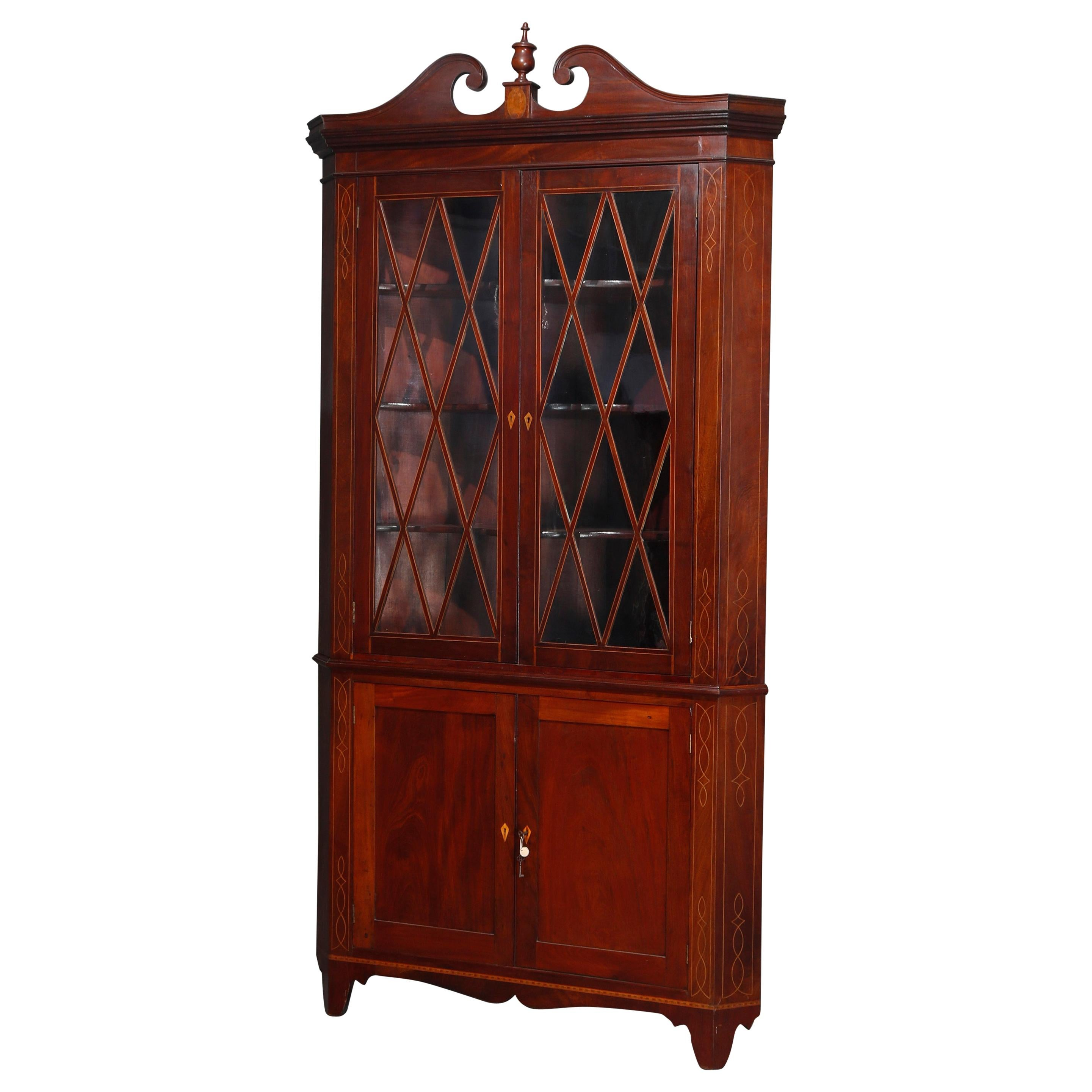 Federal Mahogany with Satinwood Inlay and Banding Corner Cabinet, 20th Century