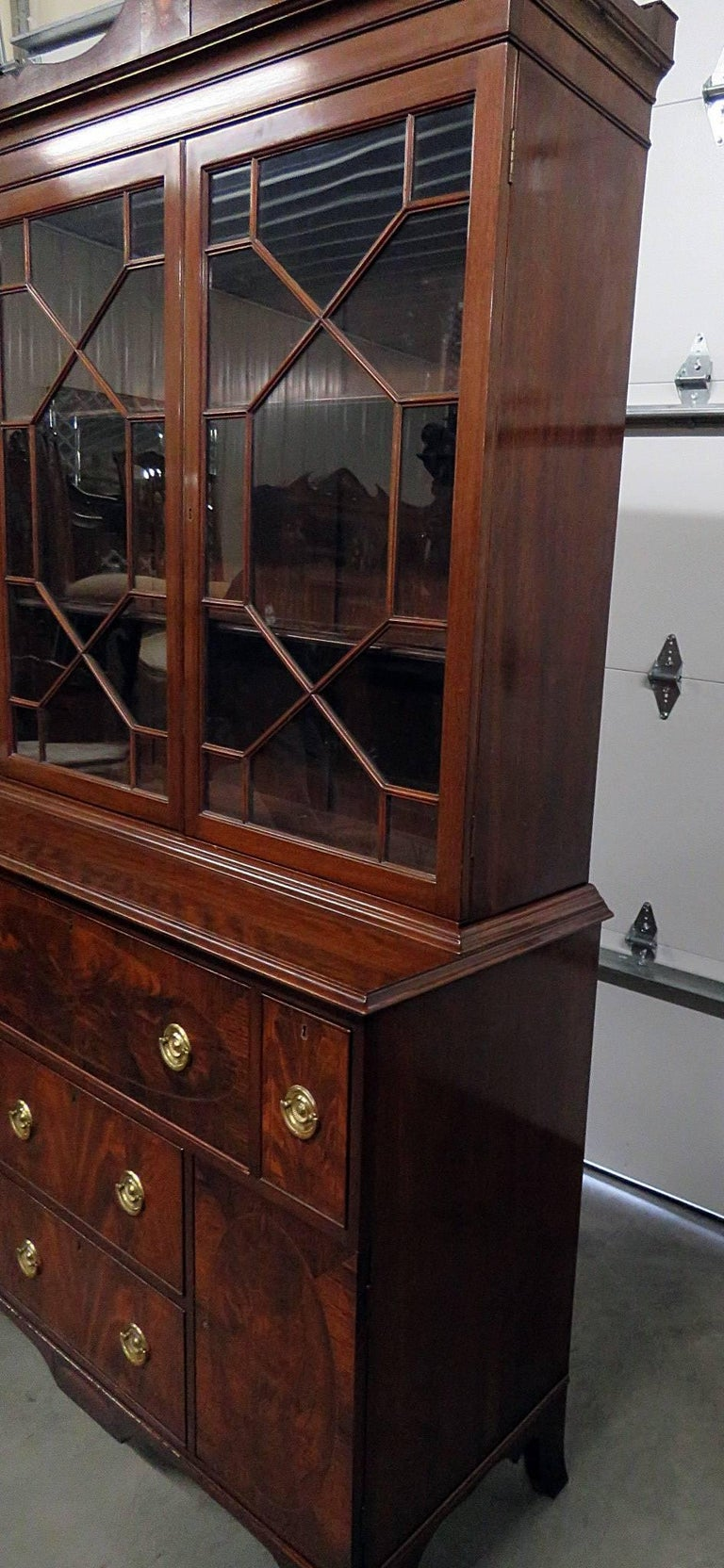 Mid-20th Century Federal Style China Cabinet