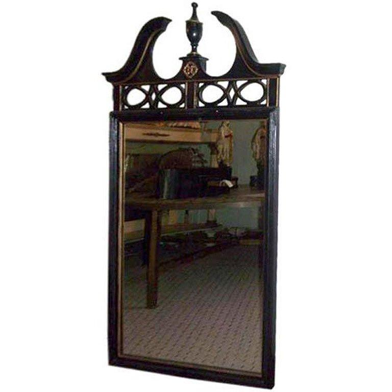 Federal Style Wood Mirror with Gilt Detailing For Sale 1