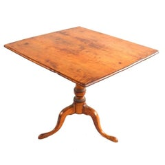 Federal Tiger Maple Tilt-Top Tea Table