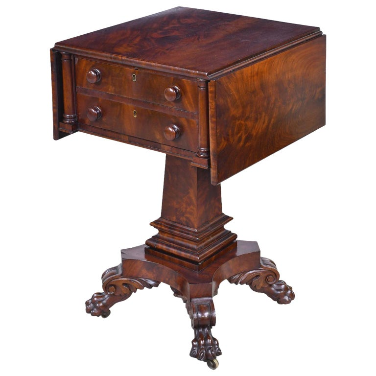 Federal Work Table in Mahogany Attributed to Isaac Vose, Boston, circa 1820 For Sale