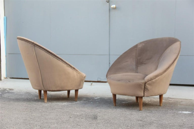 Federico Munari Midcentury Armchairs Bronze Velvet Curved Wooden Feet, 1950s In Good Condition For Sale In Palermo, Sicily