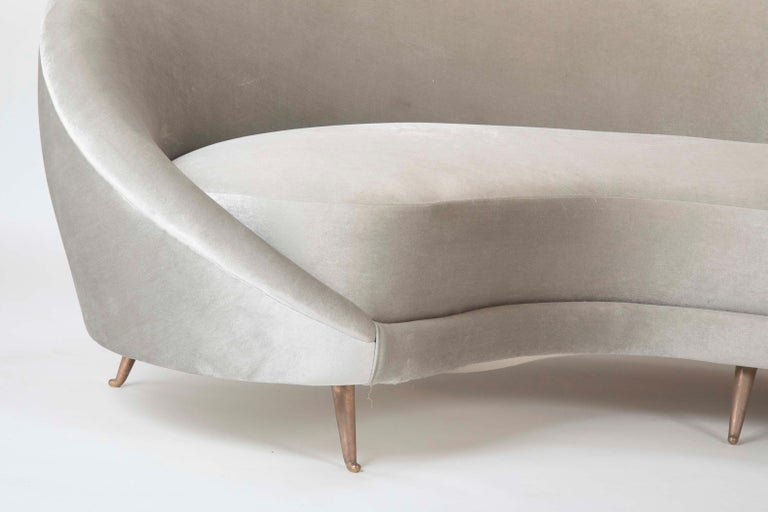 Modern Federico Munari Sofa in Velvet For Sale