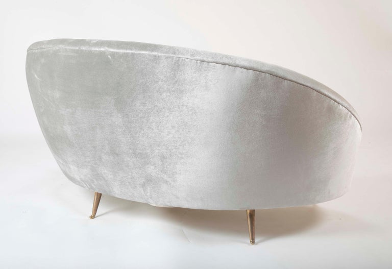 Federico Munari Sofa in Velvet For Sale 4
