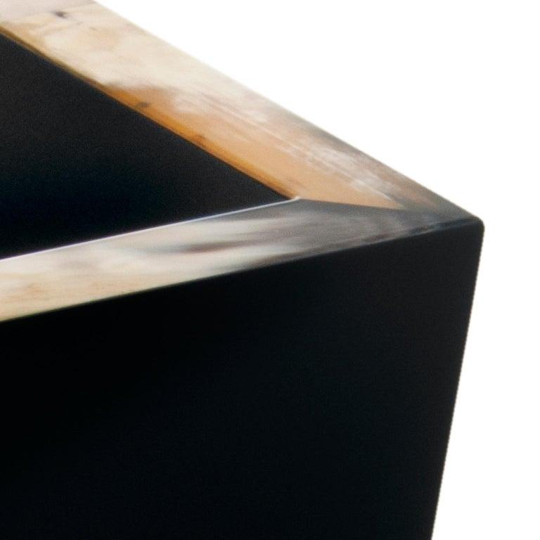 Fedro Waste Paper Basket in Corno Italiano and Black Lacquered Wood, Mod. 1956 In New Condition For Sale In Recanati, Macerata