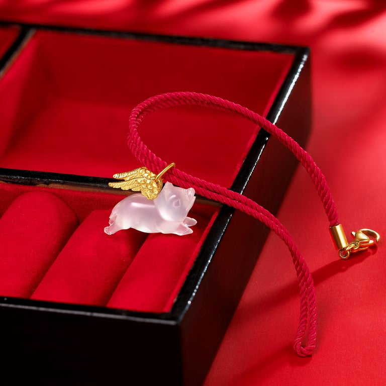 Fei Liu Chalcedony Pig Yellow Gold Wings 14 Karat Necklace Bracelet For Sale 1