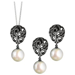 Fei Liu Diamond Small Filigree Egg 18 Karat White Gold with Pearl Drop Set