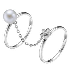 Fei Liu Freshwater Pearl Diamond 18 Karat White Gold Flower Chain Ring