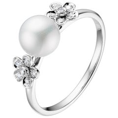 Fei Liu Freshwater Pearl Diamond 18 Karat White Gold Flower Fashion Ring