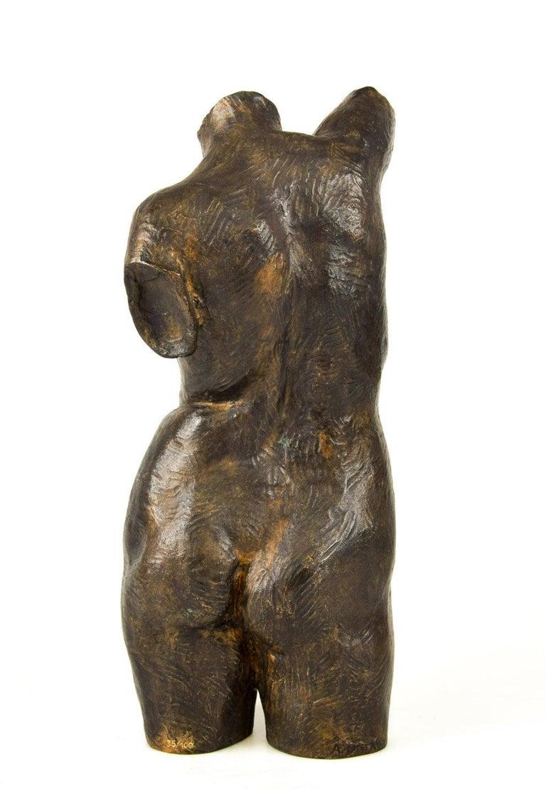 Italian Female Bust Sculpture, by Aurelio Mistruzzi, 1930s For Sale