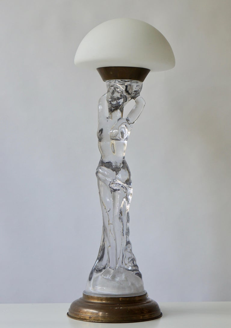 20th Century Female Nude Table Lamp in Glass and Brass For Sale