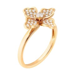 Feminine Elegant White Diamond Yellow Gold Flower Ring