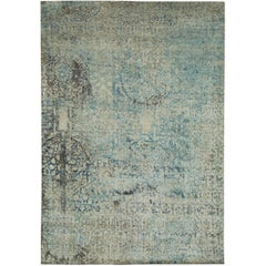 """Fenari"" Silver Blue Wool/Silk Hand-Knotted Area Rug"