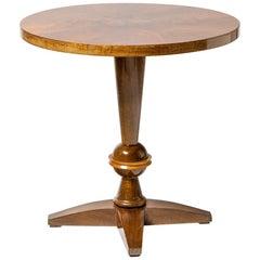 French Brown Wood Art Deco Guéridon Table circa 1930 Coffee or Sofa Table