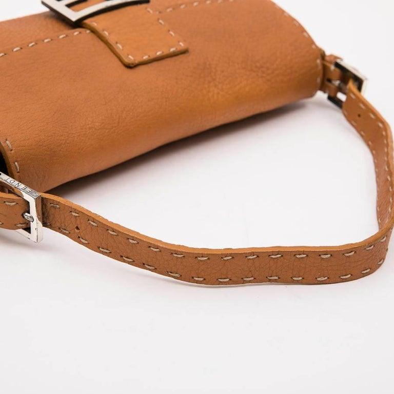 FENDI Baguette Bag in Gold Taurillon Leather 7