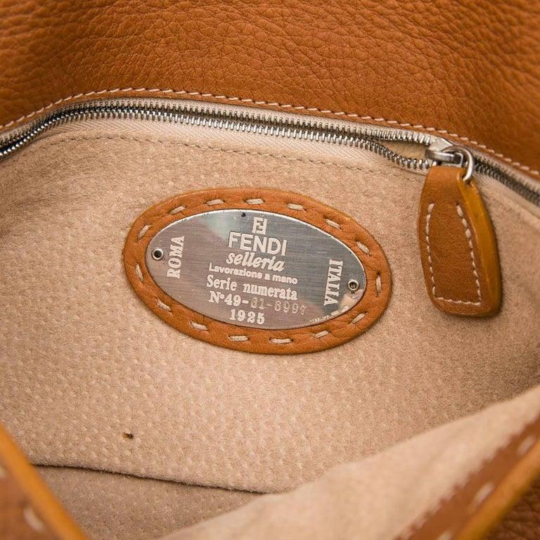 FENDI Baguette Bag in Gold Taurillon Leather 8