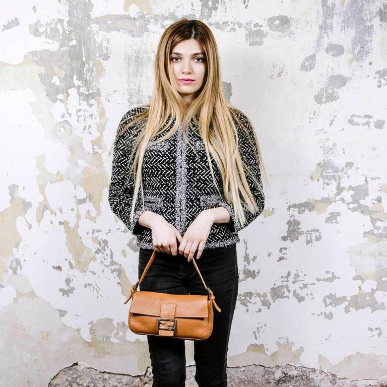 FENDI Baguette Bag in Gold Taurillon Leather 10