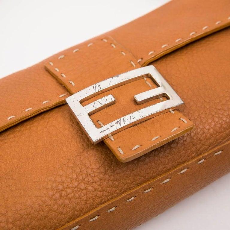 FENDI Baguette Bag in Gold Taurillon Leather 4