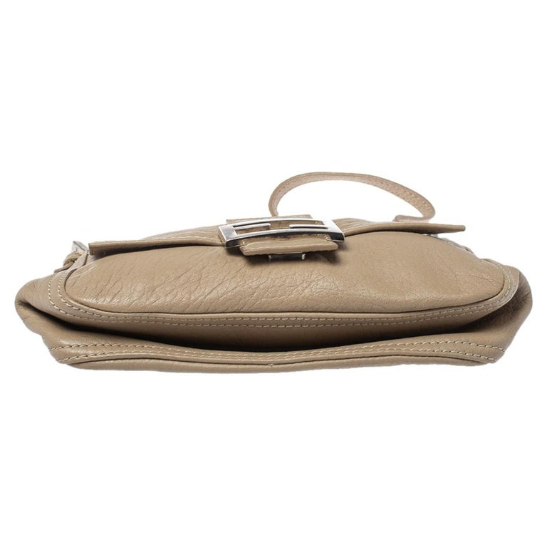 Fendi Beige Leather Baguette Shoulder Bag For Sale 1