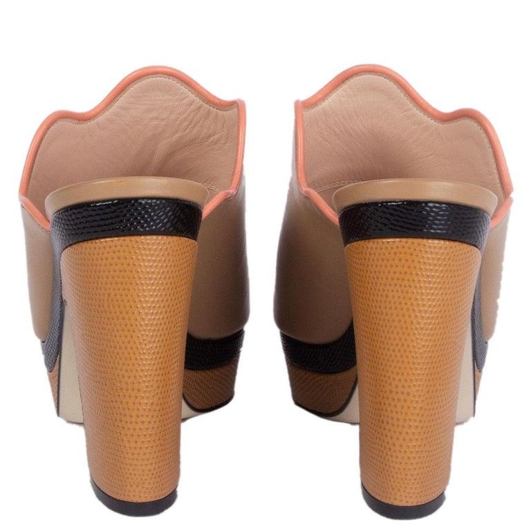 FENDI beige leather Platform Mule Sandals Shoes 41 In Excellent Condition For Sale In Zürich, CH