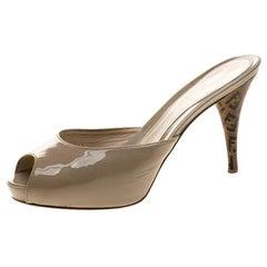 Fendi Beige Patent Leather Peep Toe Slides Size 38