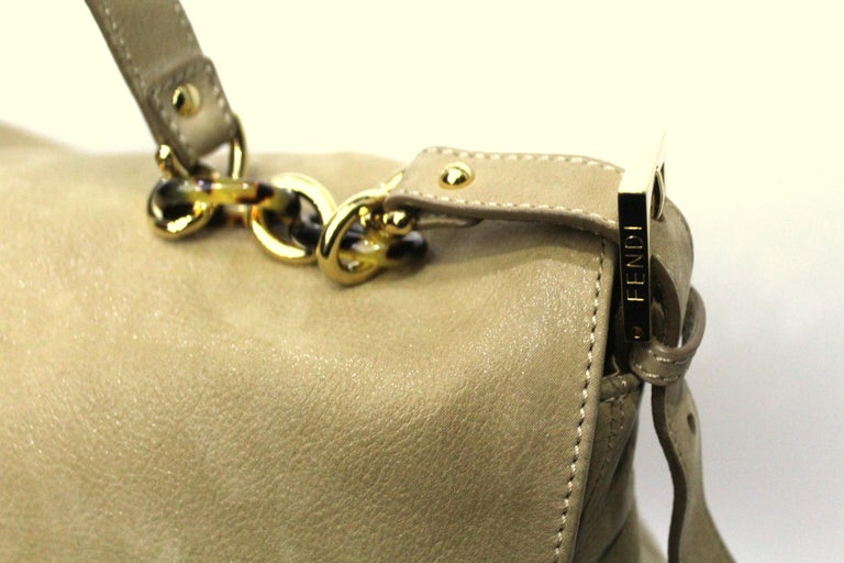 Fendi Big Mama Leather Shoulder Bag In Excellent Condition For Sale In Torre Del Greco, IT