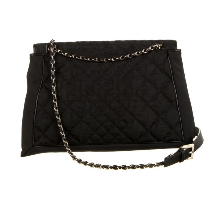 Fendi Black Fabric Logo Zucca Gold Maxi Jumbo Baguette Shoulder Flap Bag In Excellent Condition For Sale In Chicago, IL