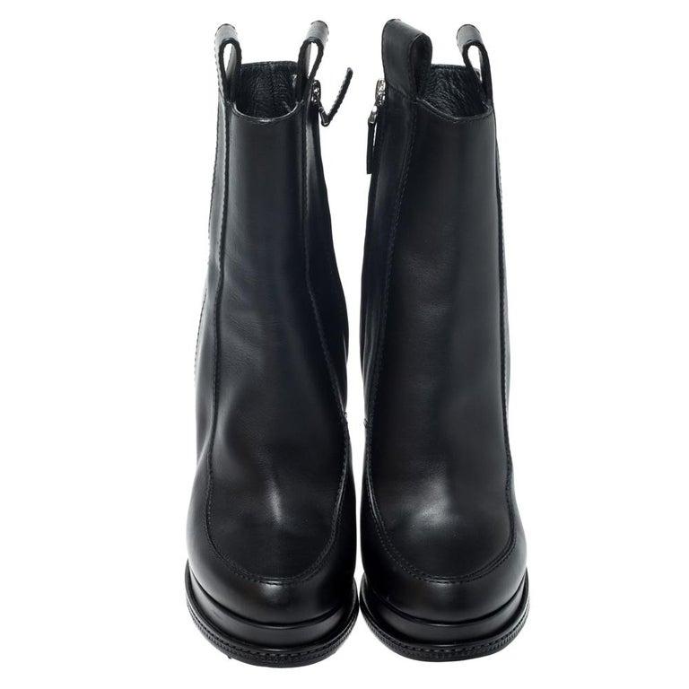Fendi Black Leather Wedge Lucite Heel Platform Boots Size 40 In Excellent Condition For Sale In Dubai, Al Qouz 2