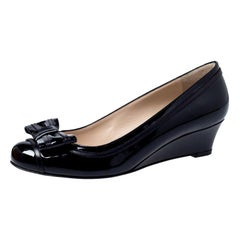 Fendi Black Patent Leather Bow Detail Wedge Pumps Size 38.5