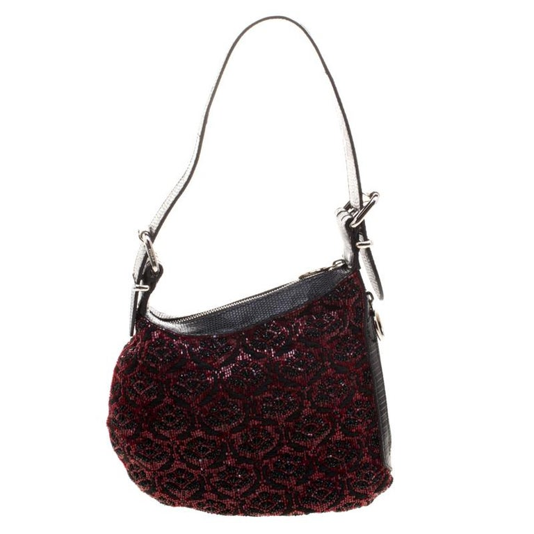 Fendi Black/Red Lizard Skin and Beaded Fabric Oyster Hobo For Sale 7