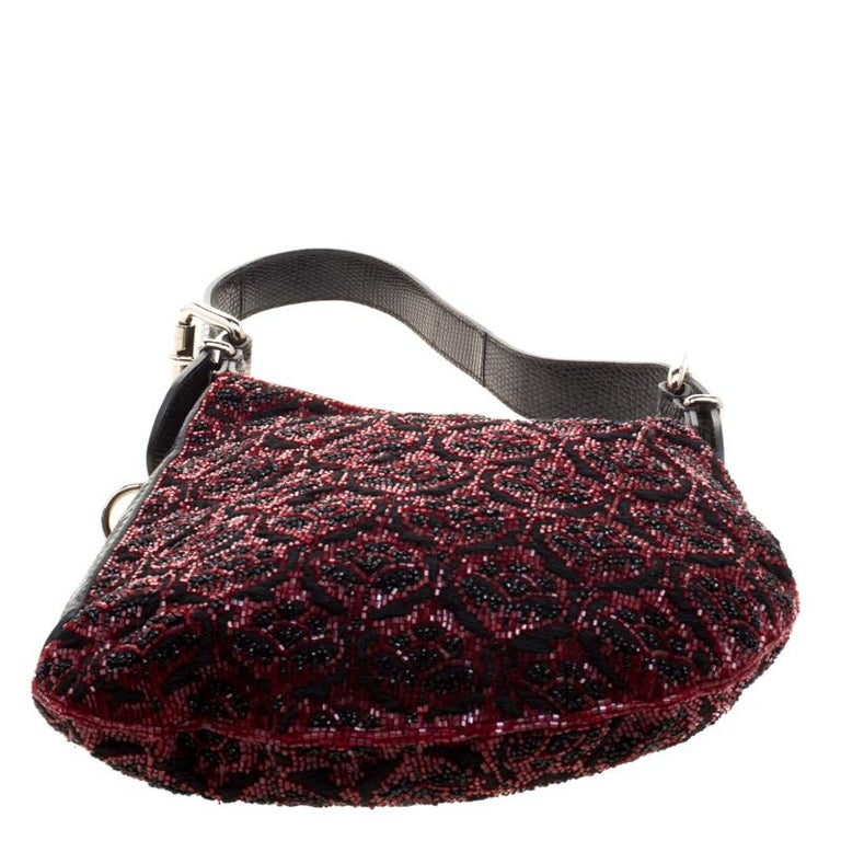 Fendi Black/Red Lizard Skin and Beaded Fabric Oyster Hobo For Sale 1