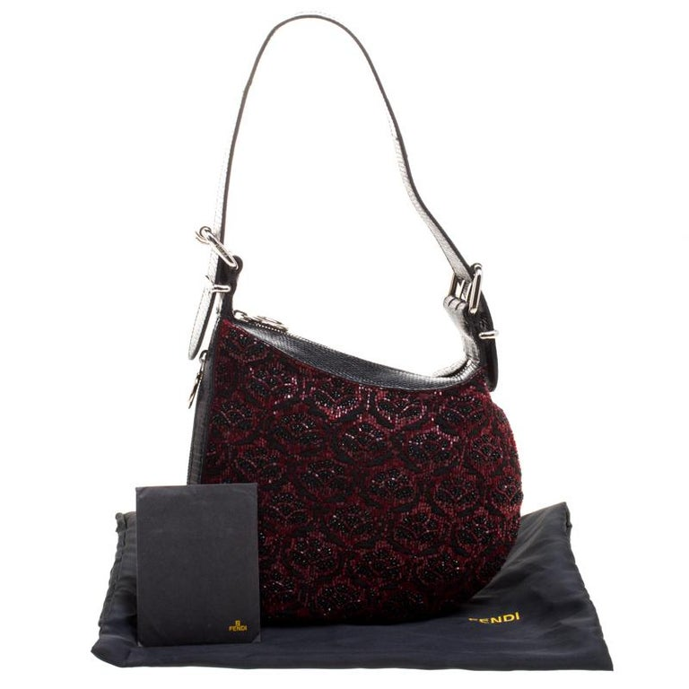 Fendi Black/Red Lizard Skin and Beaded Fabric Oyster Hobo For Sale 5