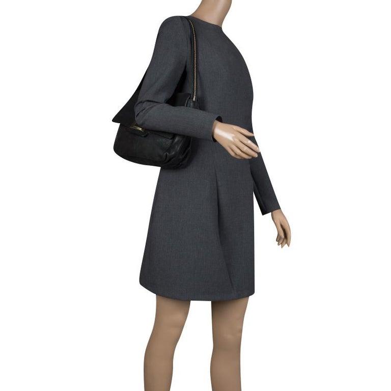 Fendi Black Shimmering Leather Shoulder Bag In Good Condition For Sale In Dubai, AE