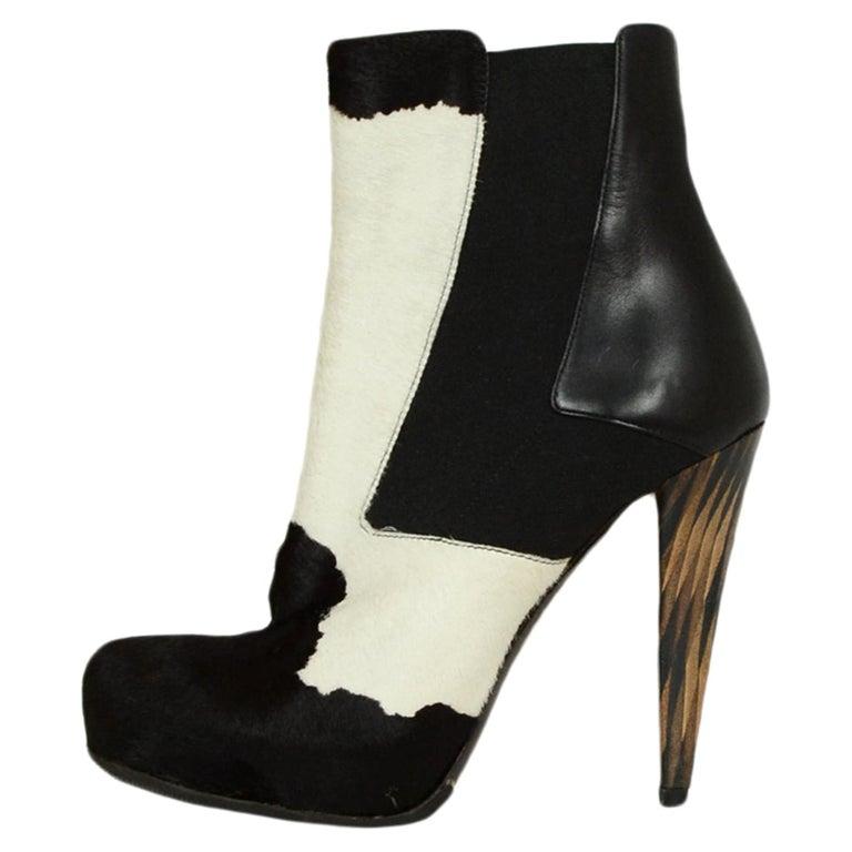 Fendi Black/White Calf Hair Bootie sz 37.5
