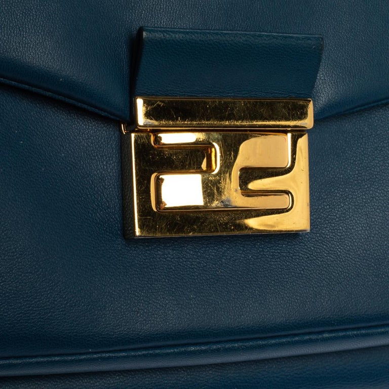 Fendi Blue Leather Be Baguette Shoulder Bag For Sale 10