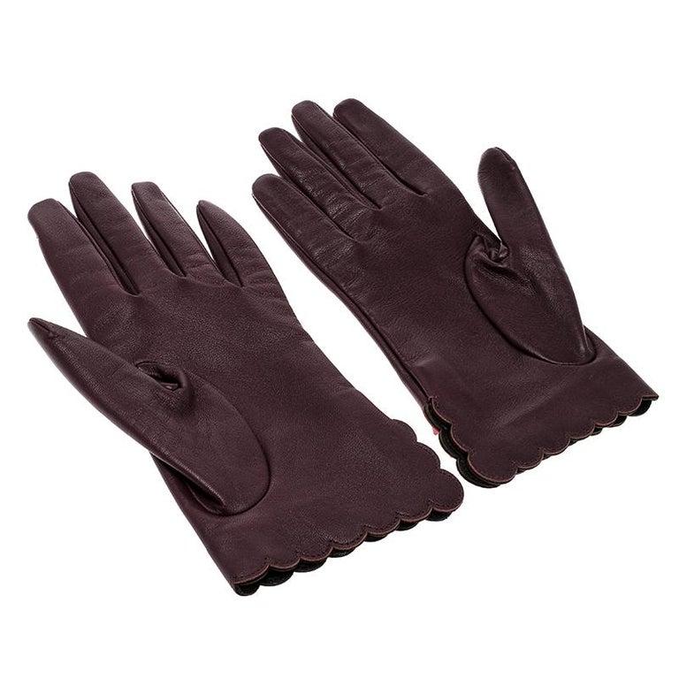 Black Fendi Burgundy Leather Studded Gloves Size M For Sale