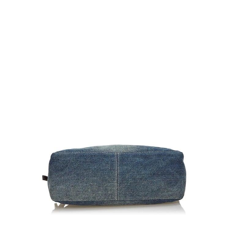 Fendi Denim baguette bag In Good Condition In London, GB