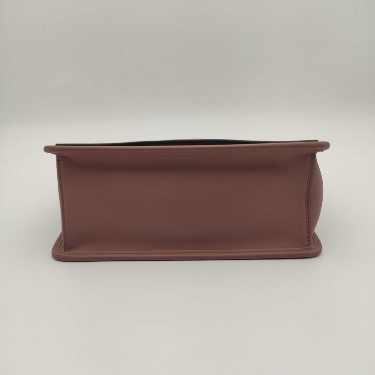 FENDI Kan I Handbag in Pink Leather In Excellent Condition In Clichy, FR