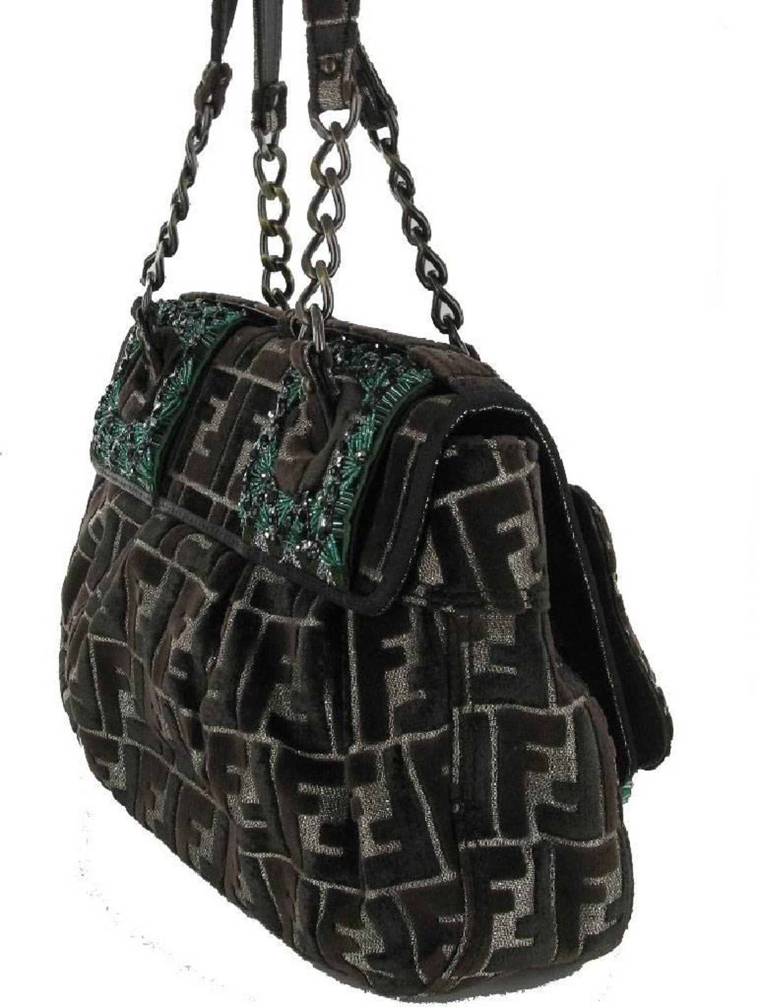 ab6167907f39 FENDI Limited Edition Flap Bag in Velvet Embroidered with Green and Black  Pearls For Sale at 1stdibs